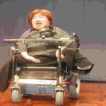 お笑い芸人 ホーキング青山が戸惑う「障害者への過剰な気遣い」とは?